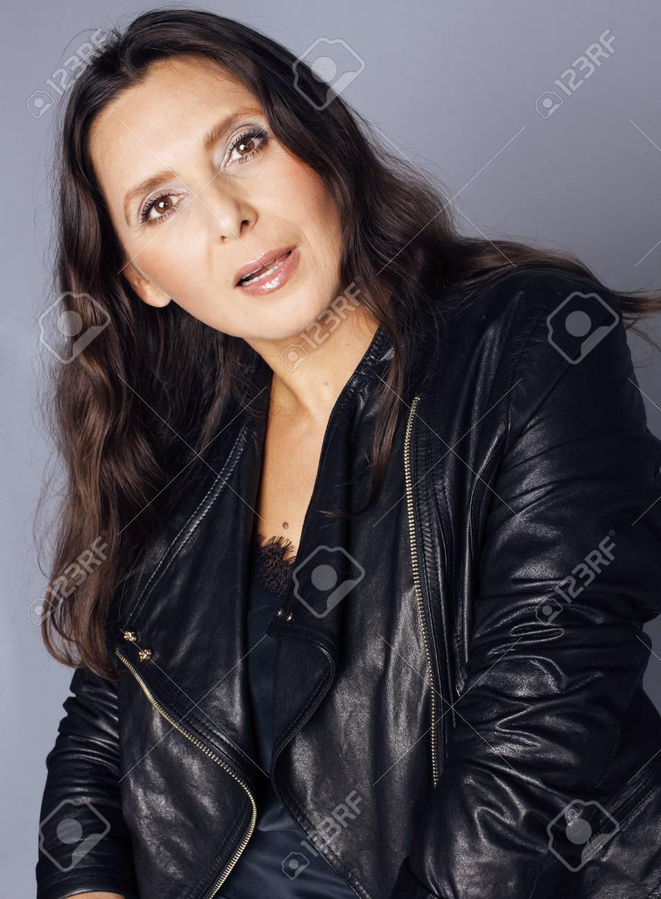 brunette-mature-sexy