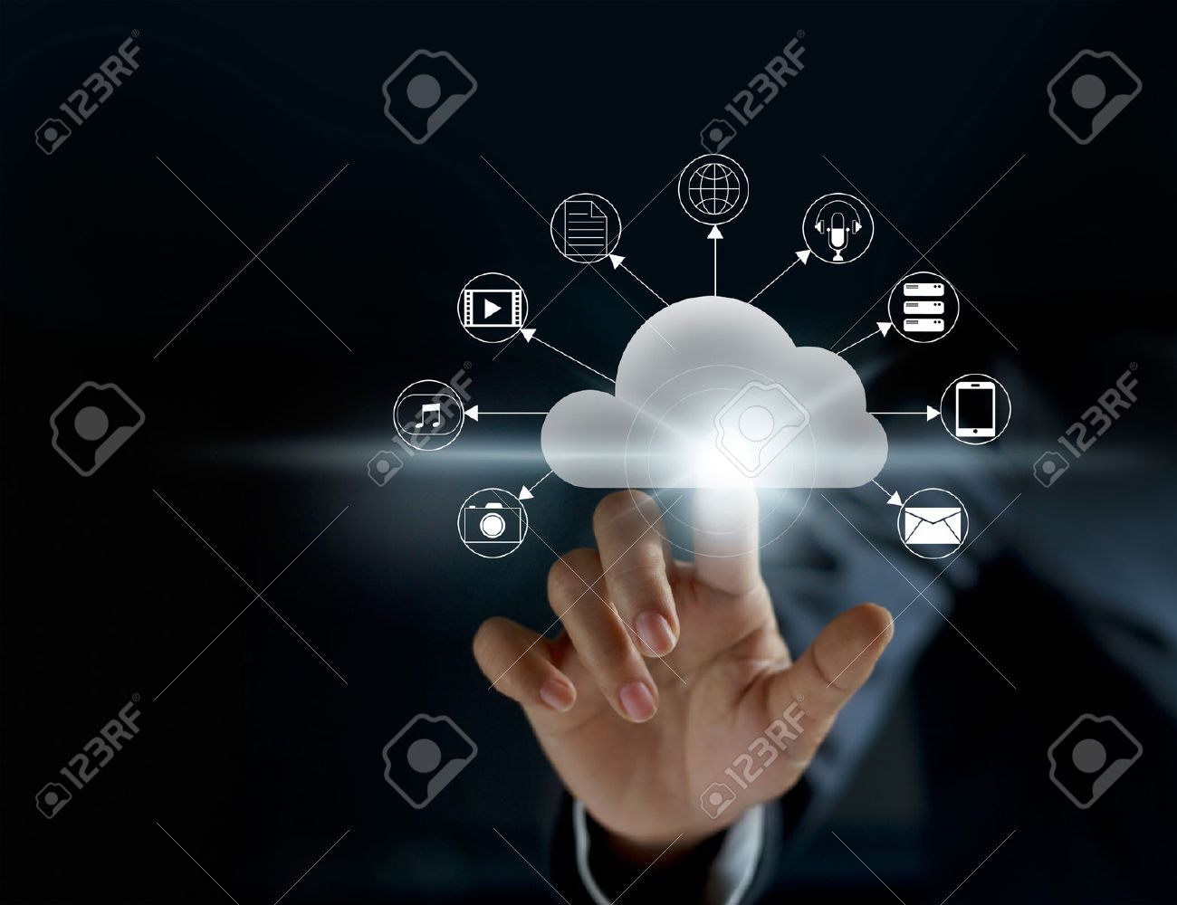 Cloud computing, futuristic display technology connectivity concept Standard-Bild - 60274316