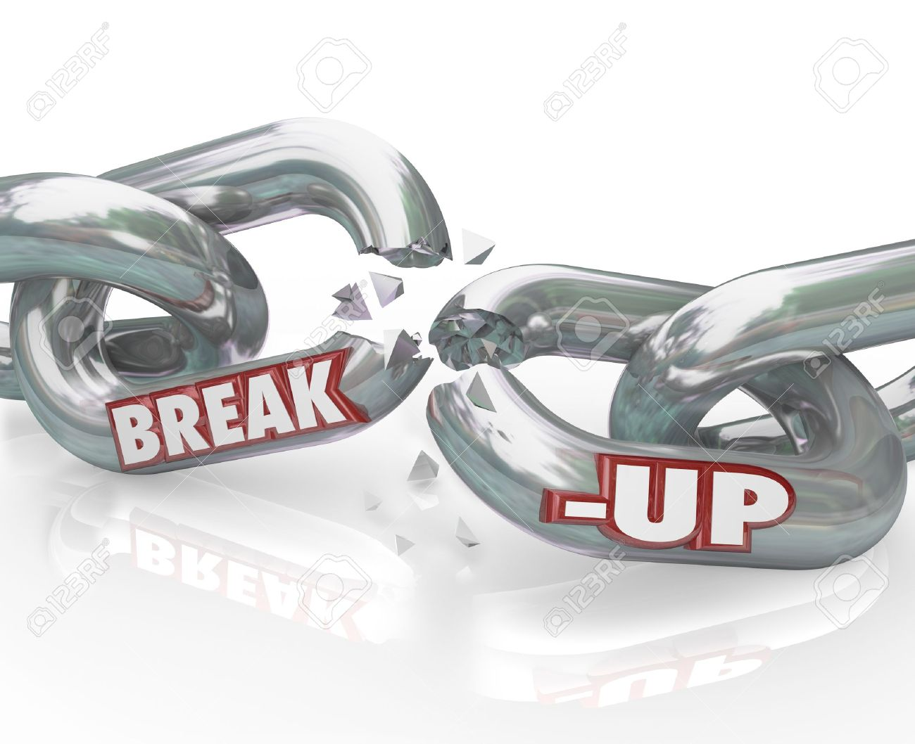 Two metal chain links broken with the words Break-Up to represent a separation or divorce, or the ending of a relationship or partnership Stock Photo - 12583630