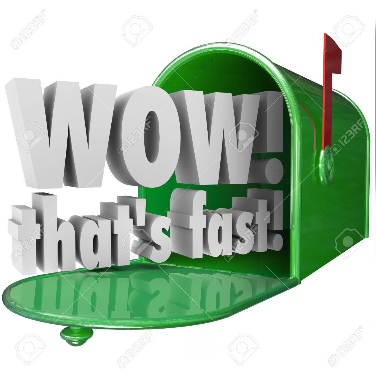 Wow eso es palabras 3d rápidos en un buzón de correo electrónico para  ilustrar expreso apresurada rápida o rápida o servicio de entrega de su  paquete