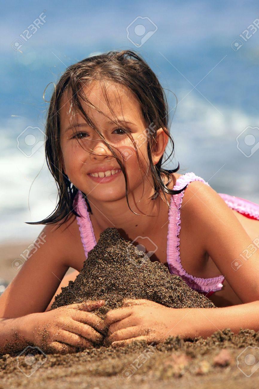 girl in the beach Stock Photo - 12652868