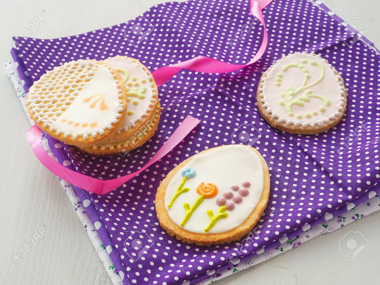 Easter gift homemade sugar cookies with floral ornament easter gift homemade sugar cookies with floral ornament gingerbread cookies decorated in the shape negle Gallery