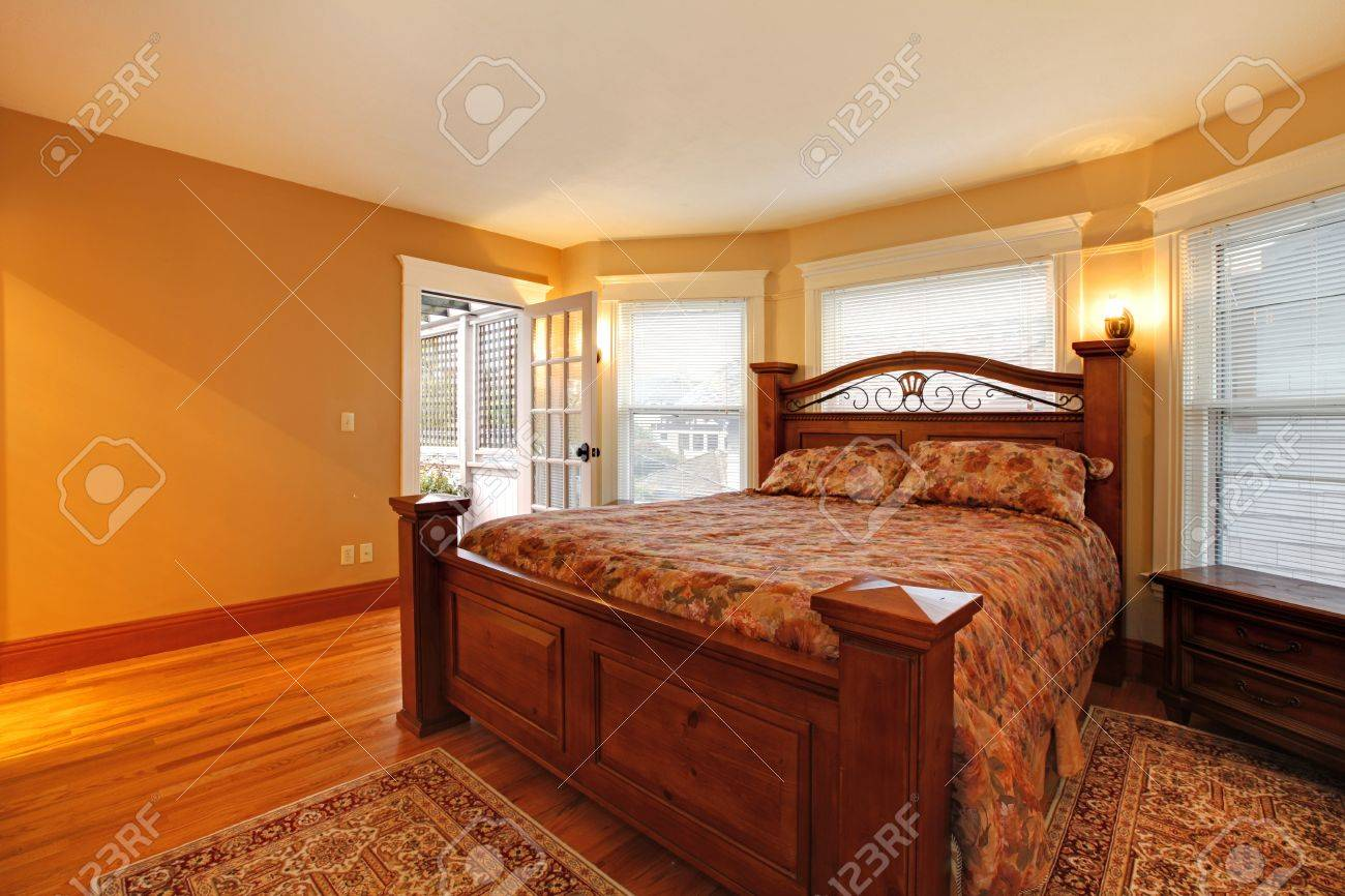 Large Gold Bedroom With Red Bed Stock Photo, Picture And ...