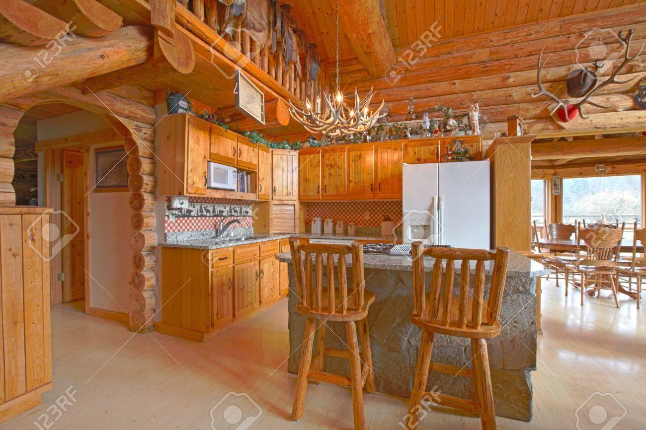 Rustic log cabin on the horse farm Stock Photo - 12312288