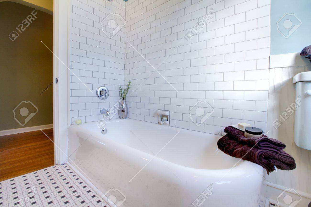 Luxury bathroom in an old house in Tacoma, WA Stock Photo - 12312205