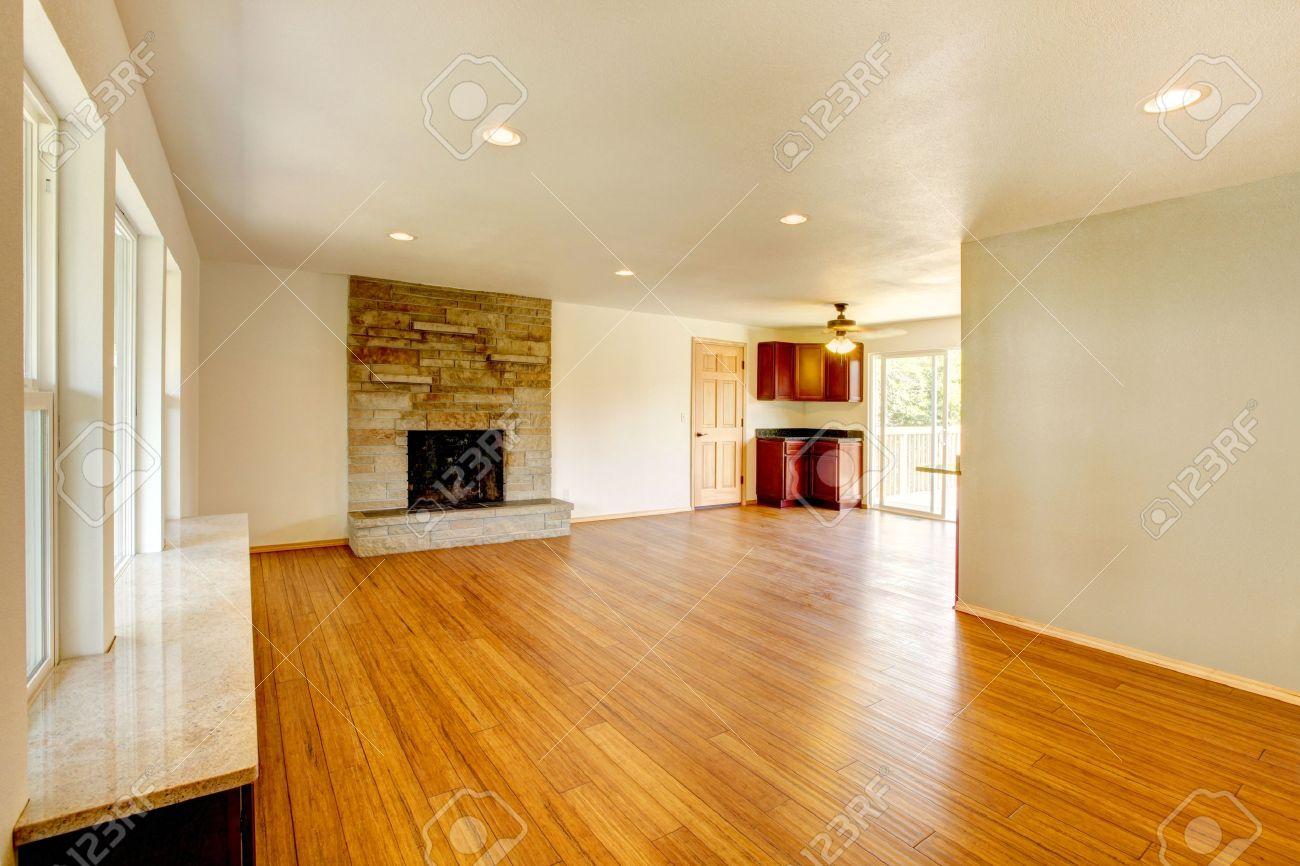 Large New Empty Living Room With Hardwood Floor. Stock Photo   12760891