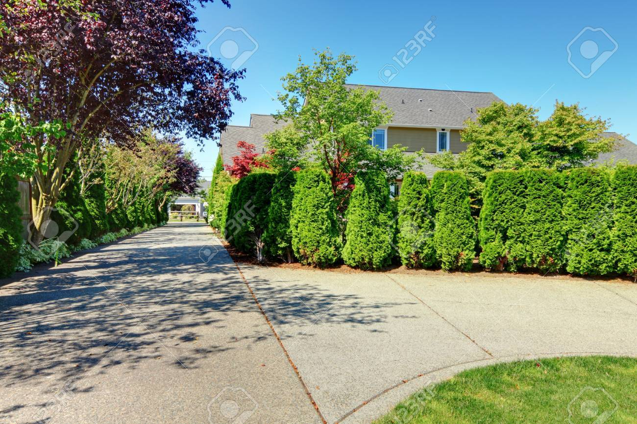 American farm with smal white house and shed. Stock Photo - 13166574