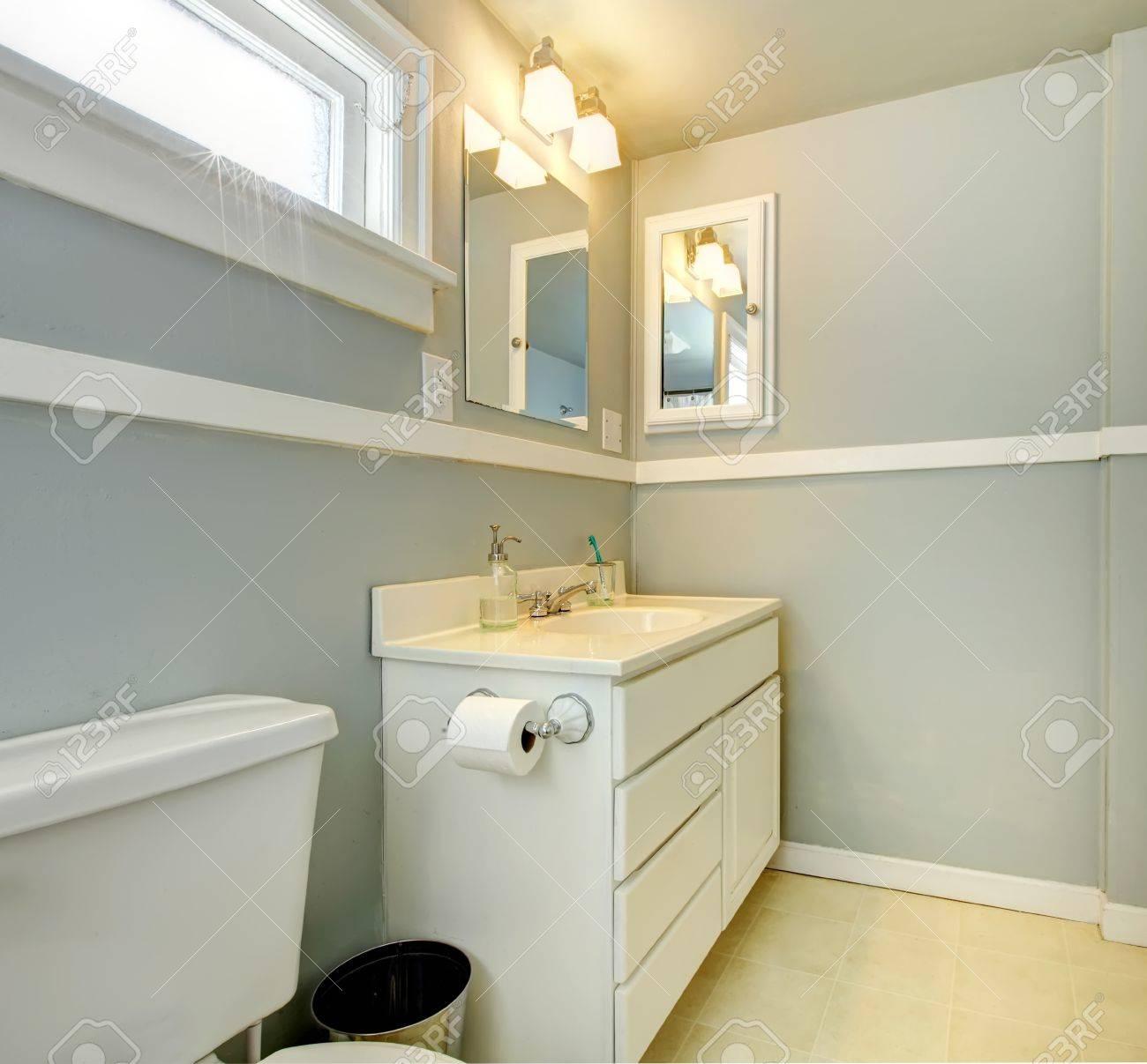Salle de bain avec meuble gris: peinture carrelage julien couleur ...