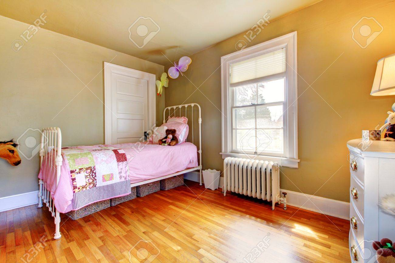 baby girl bedroom interior with pink bed and hardwood floor stock rh 123rf com