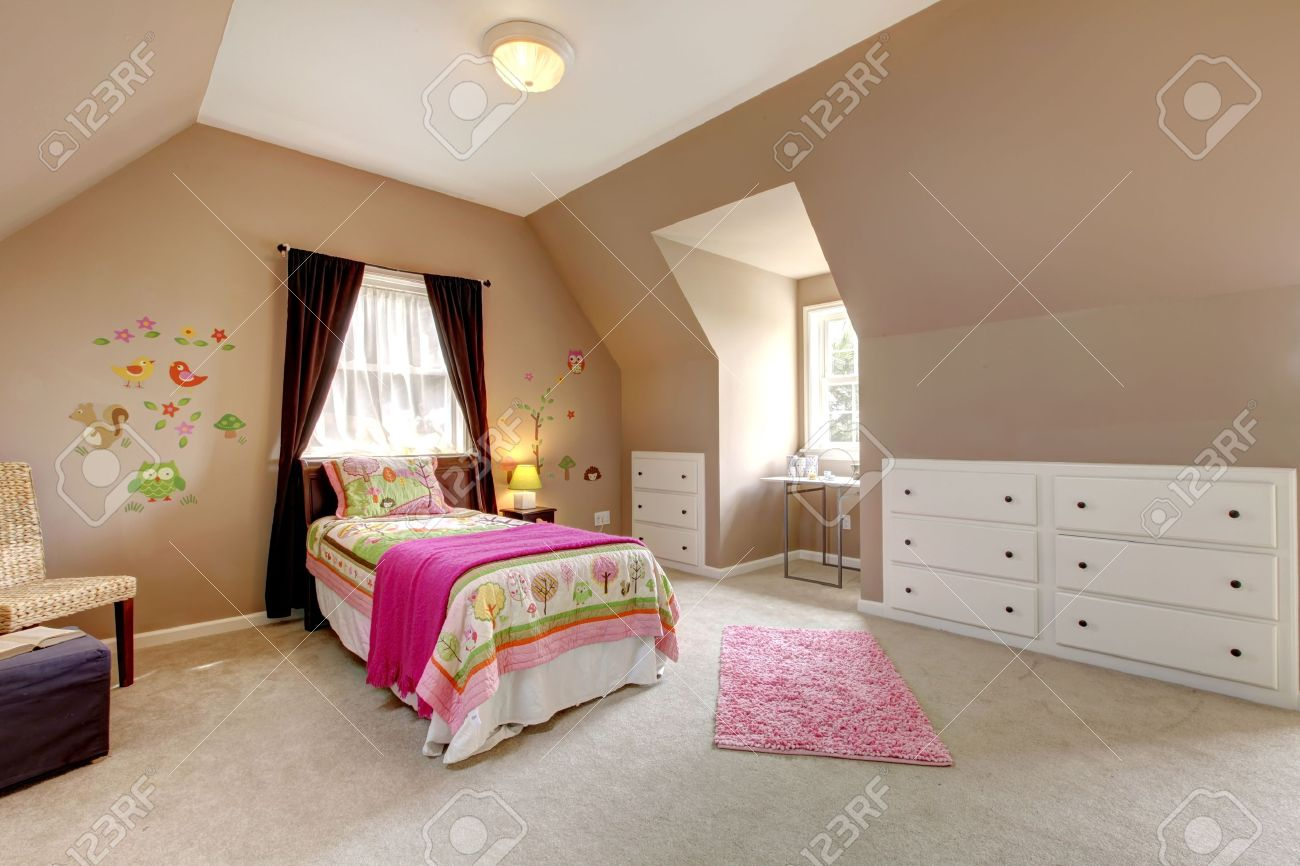 Pink And Brown Bedroom Large Brown Baby Girl Bedroom With Pink Bed And Beige Carpet
