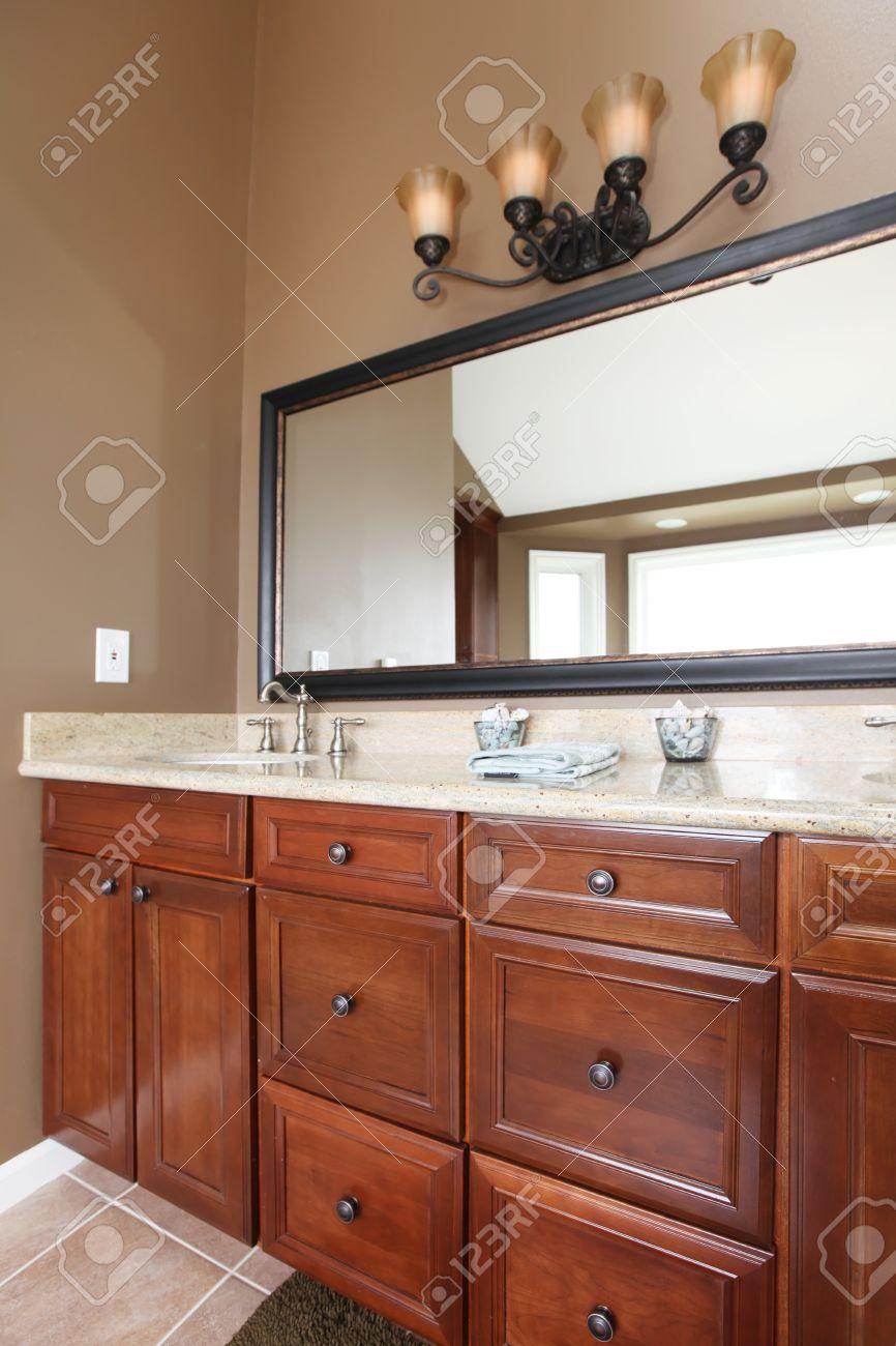 Mobile Bagno Con Marmo : Mobile bagno iperceramica. Mobile bagno ...
