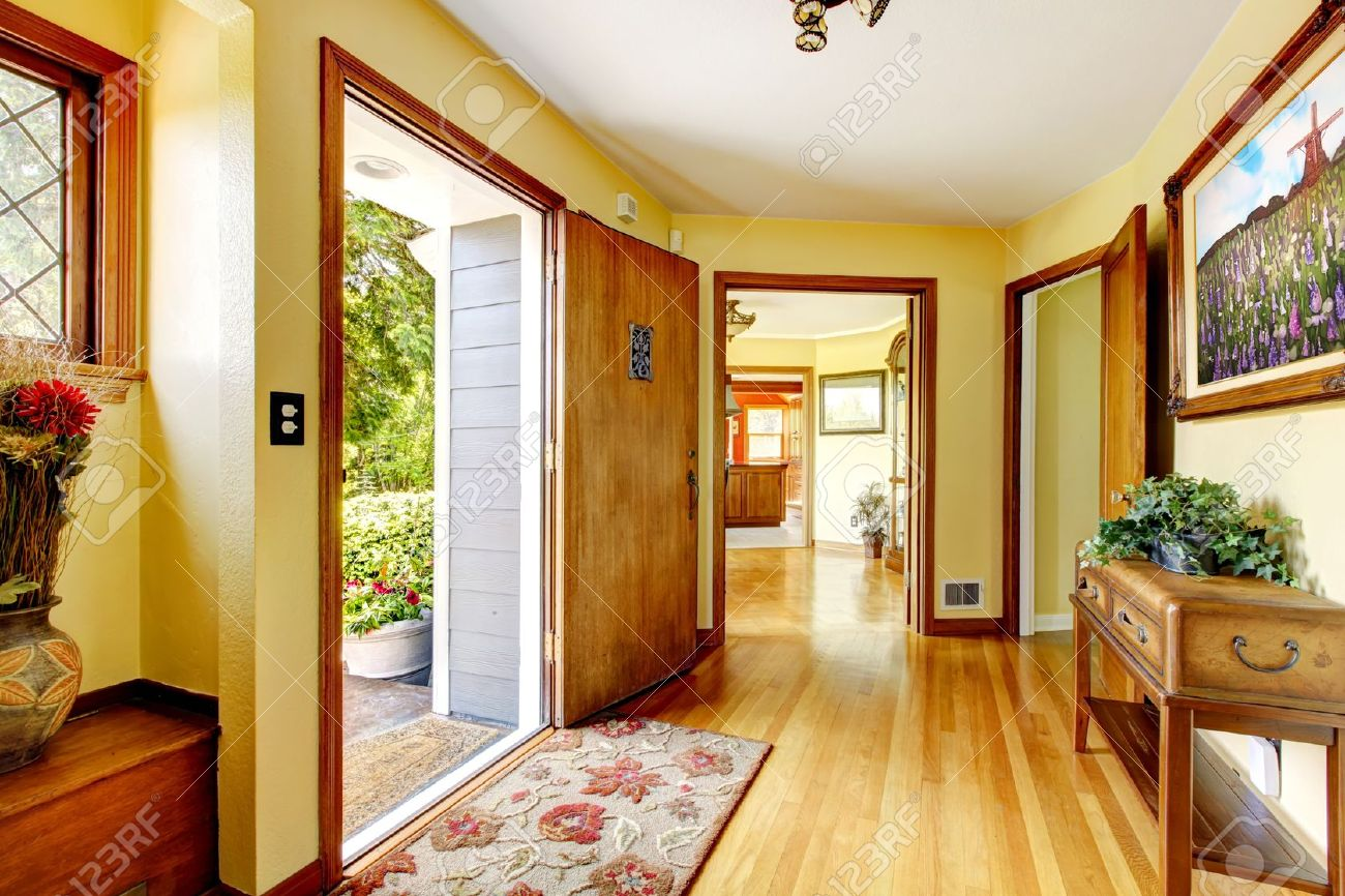 Large Old Luxury House Entrance Interior With Art And Yellow.. Stock ...
