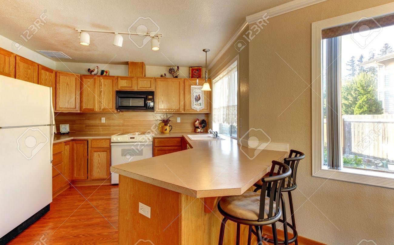 Kitchen With Hardwood Floor Simple Standart American Wood Kitchen With Hardwood Floor And