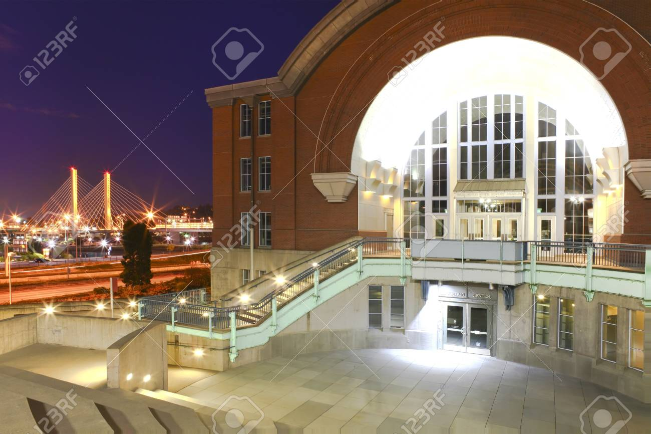 Tacoma downtown with museum of History and Cable bridge. Stock Photo - 17202406