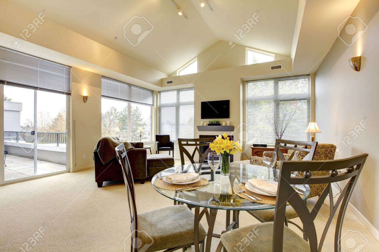 Vaulted Ceiling Living Room Large Bright Living And Dining Room With Vaulted Ceiling And