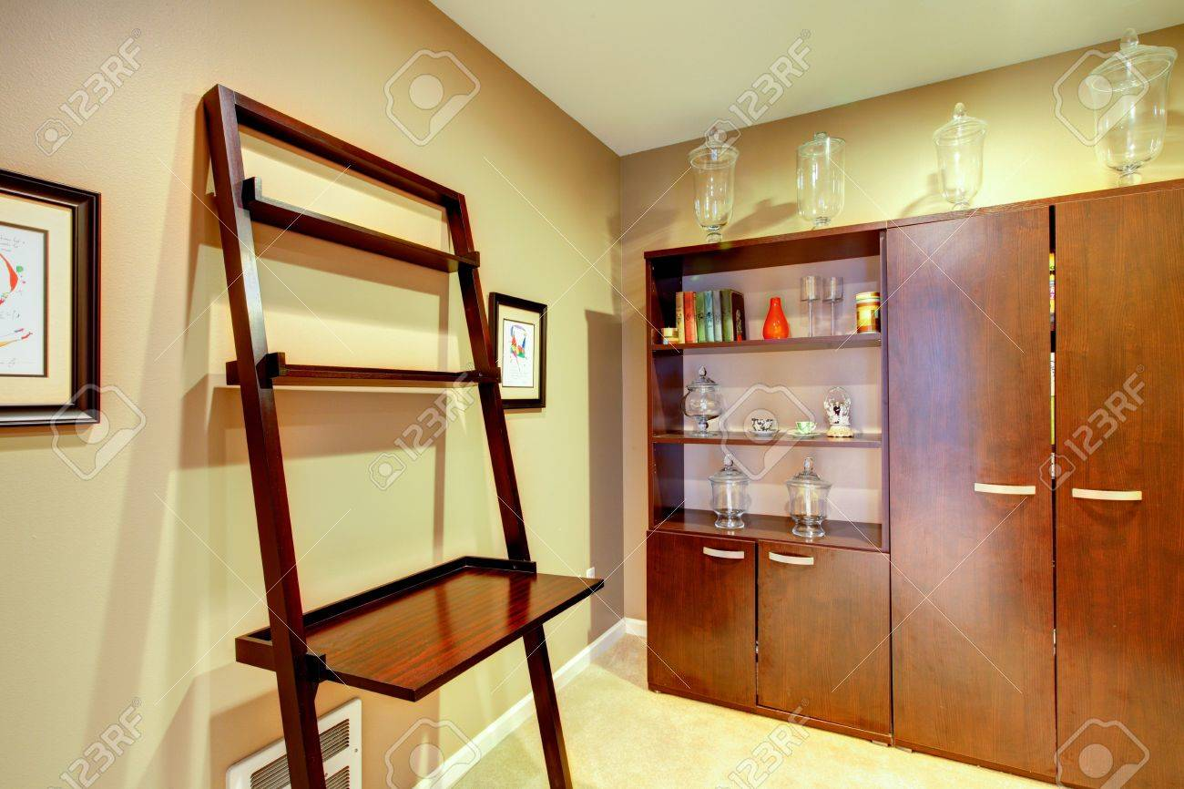 Home Interior Kleine Buroecke Ohne Fenster Lizenzfreie Fotos