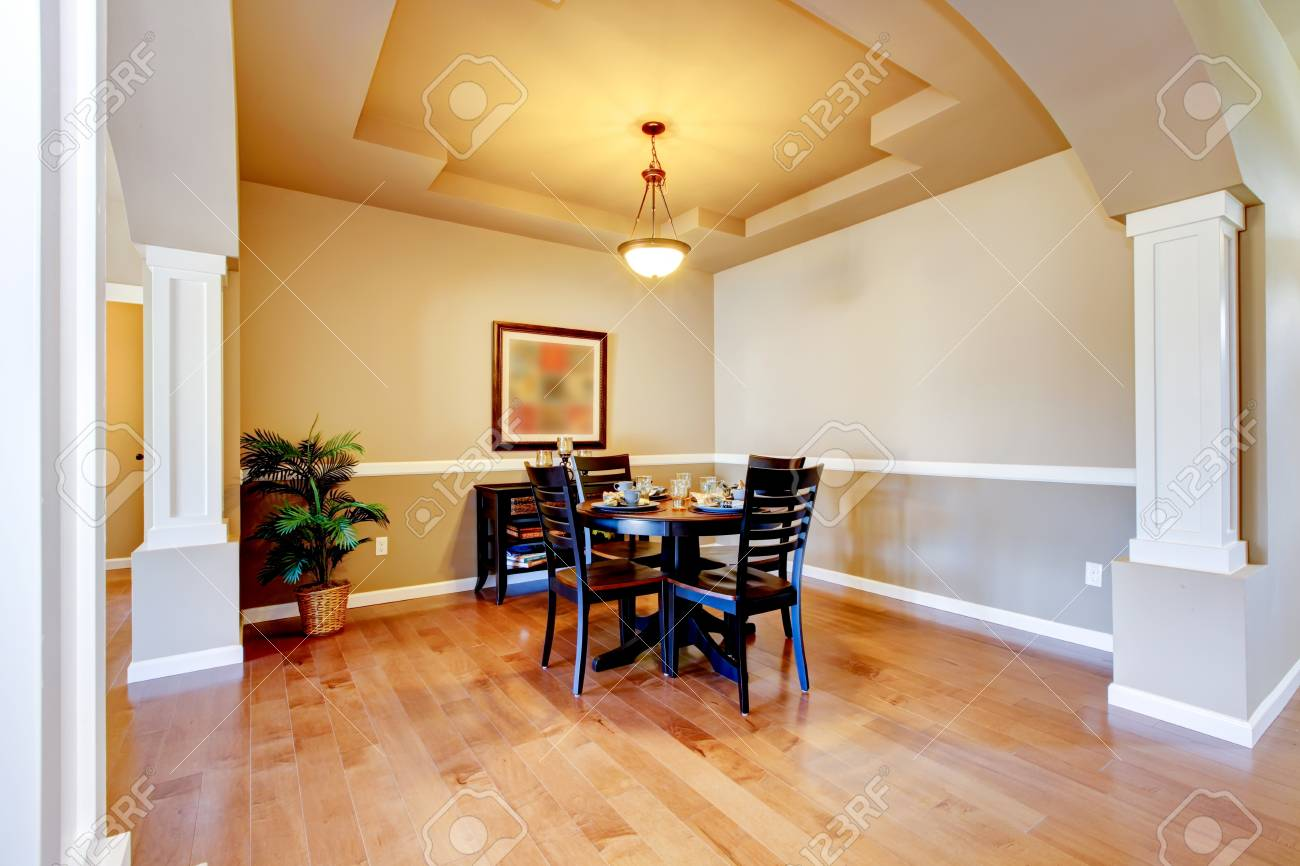 New home dining room interior with hardwood floors and table. Stock Photo - 21728634