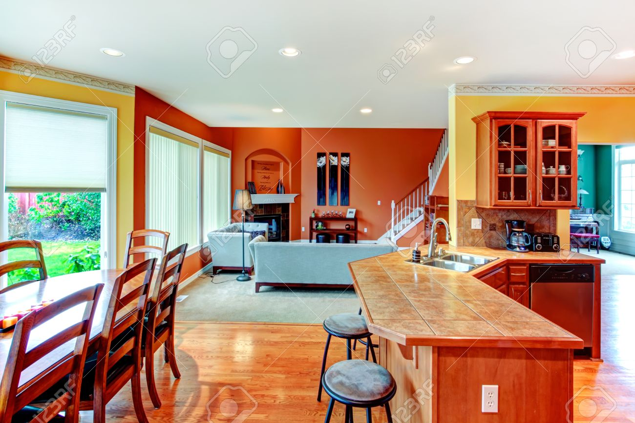 Diseño De Interiores Para La Cocina, Comedor Y Sala De Combinación ...