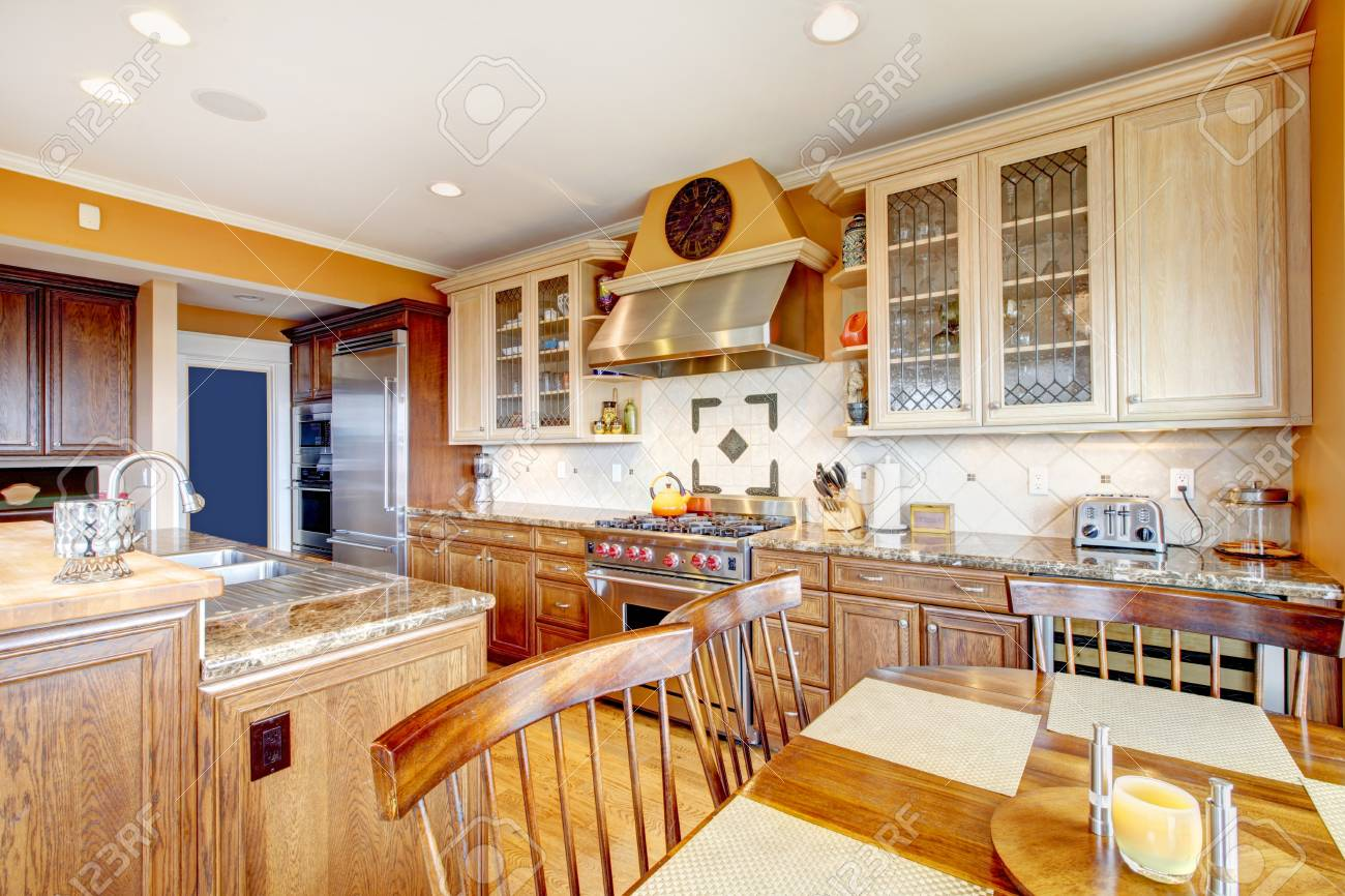 Großartig Fliese Aufkantung Küche Fotos - Ideen Für Die Küche ...