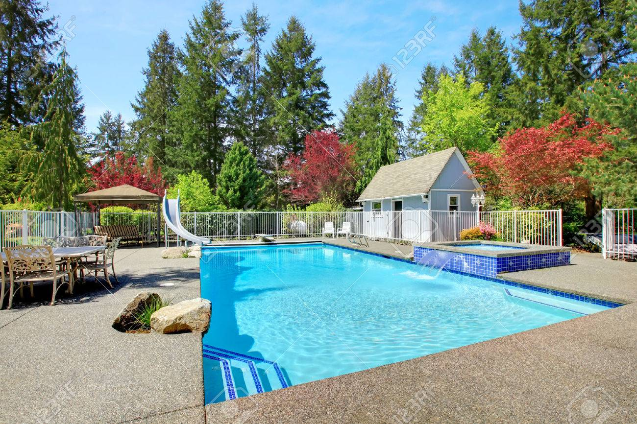 Fenced Backyard With Patio Area Swimming Pool Nad Jacuzzi Stock