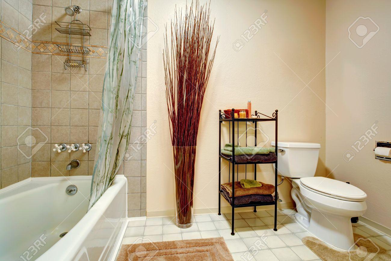 Piastrelle bagno stock best mattonelle di mosaico immagine stock