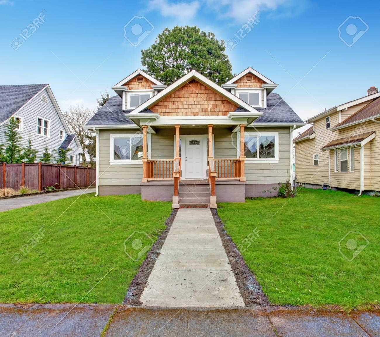 Kleines Haus Mit Veranda
