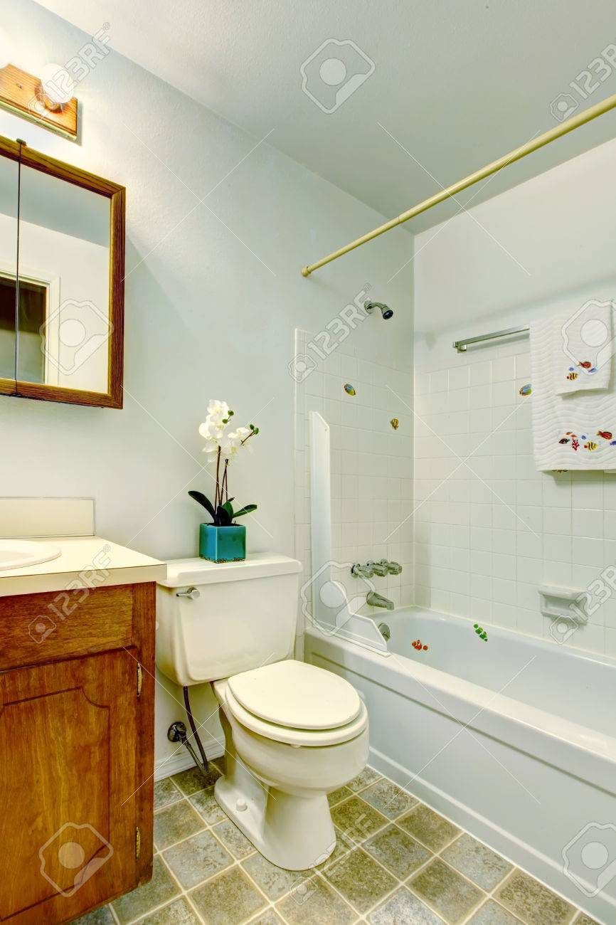 Small Bathroom Vanity Cabinets.White Small Bathroom With Bathroom Vanity Cabinet Toilet And