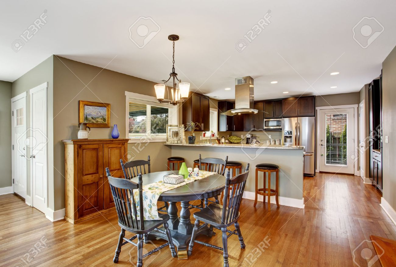 Dining Table In Kitchen Dark Brown Kitchen Room With Round Rustic Dining Table With Chairs