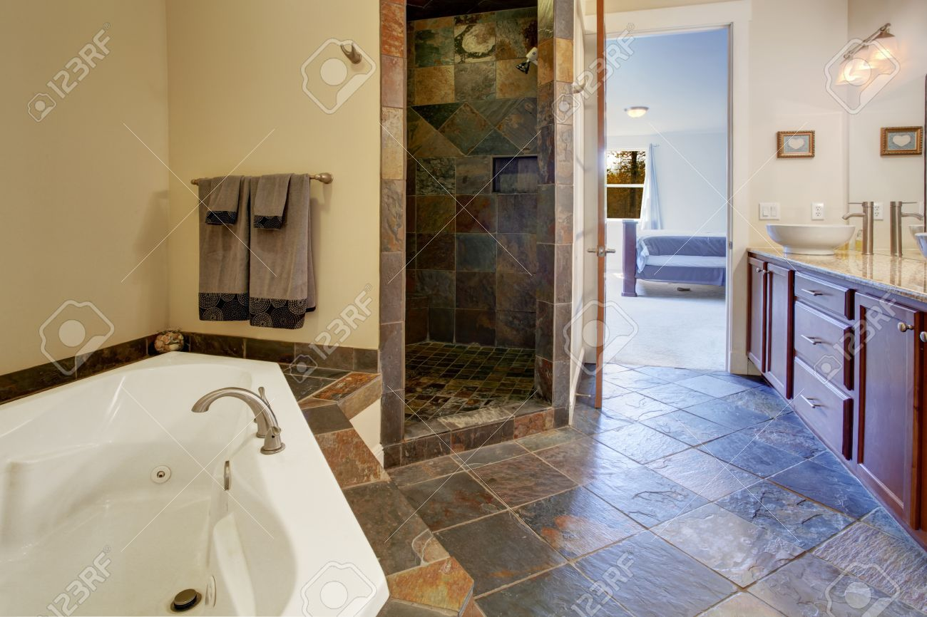 Salle de bain avec carrelage noir: Étagère salle de bain vvcom ...
