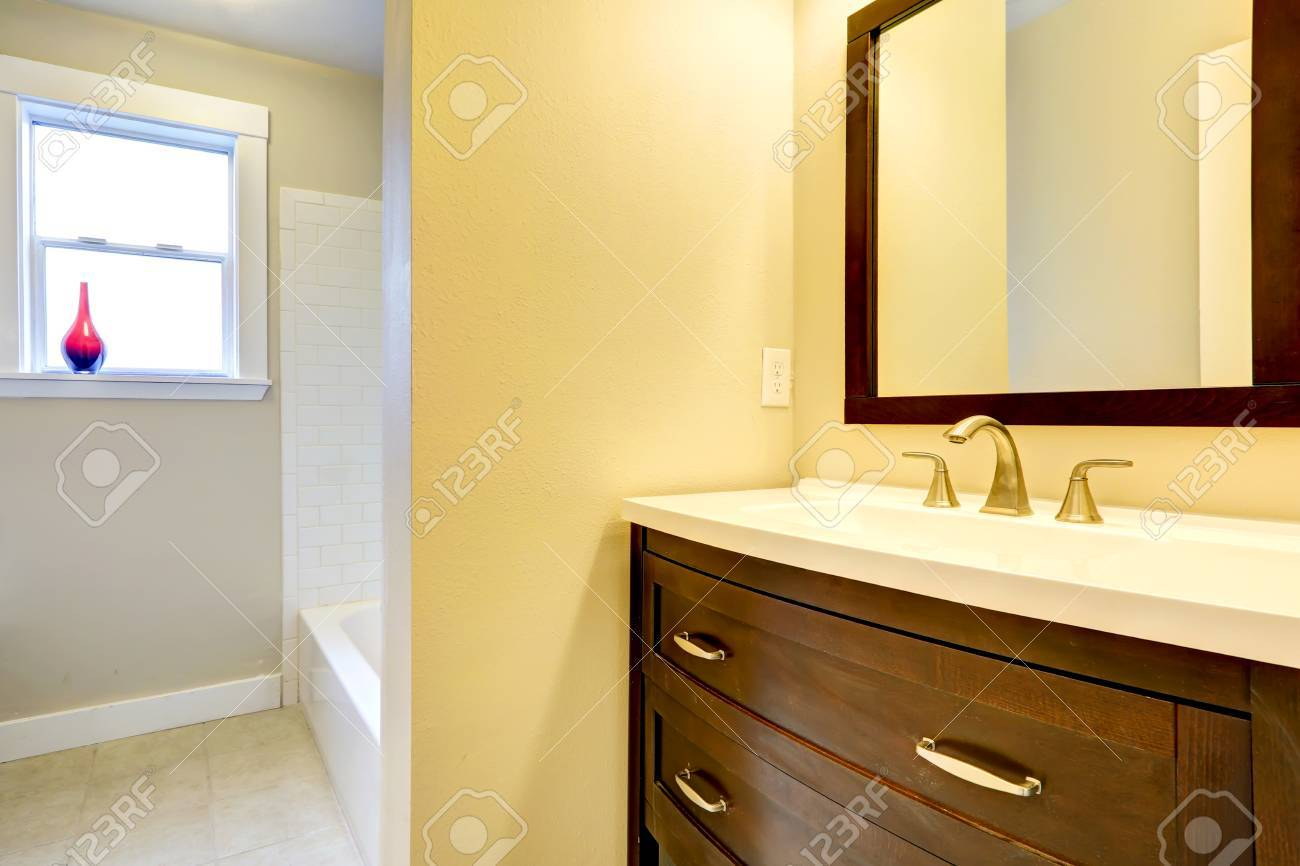 Mobile bagno sotto lavabo colonna kahi laccato