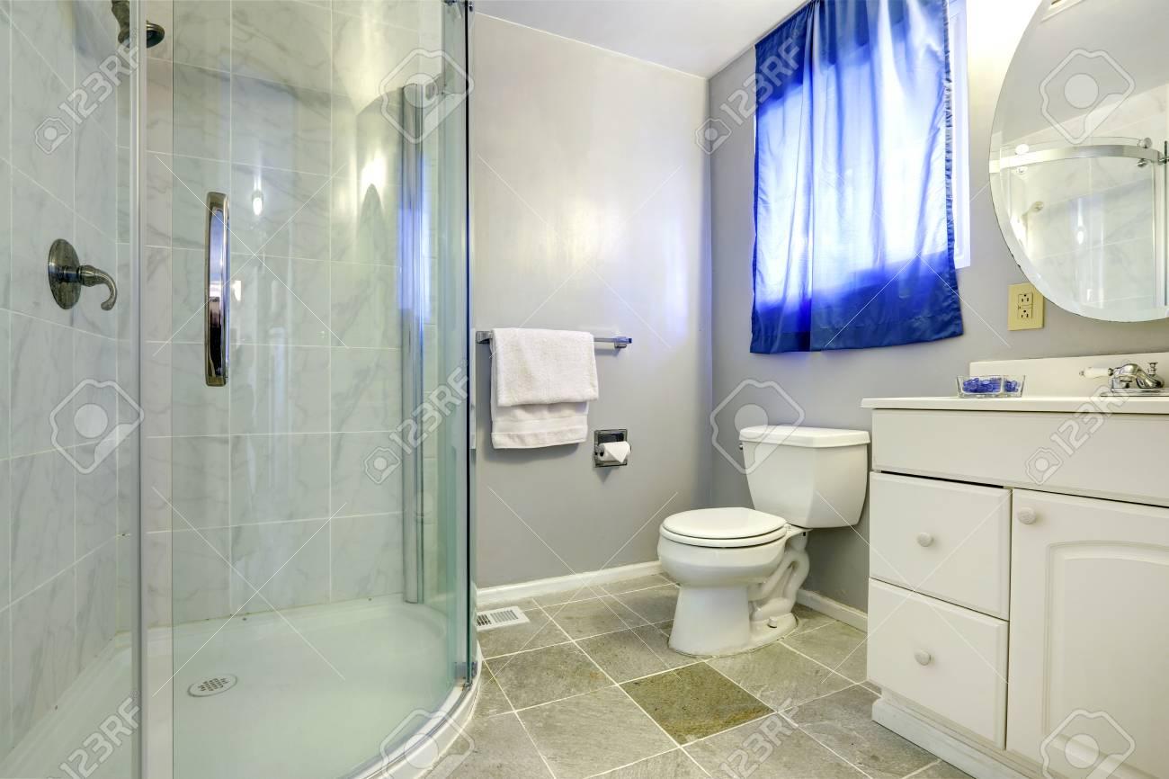Meuble Salle De Bain Bambou Pas Cher ~ Int Rieur Salle De Bain Avec Douche Porte Vitr E Et Blanc Meuble