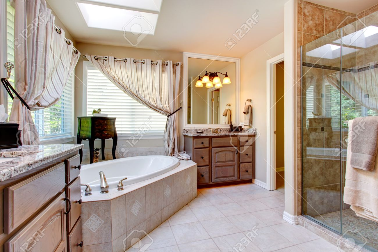 Light Bathroom Colors Beautiful Bathroom Interior In Light Mauve Color With Glass Door