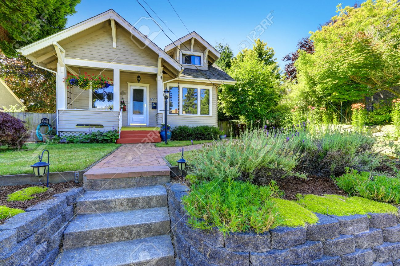 Classic American House Exterior Front Yard Landscape With Tile