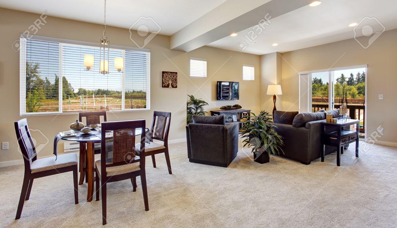 banque dimages intrieur de appartement moderne avec plan dtage ouvert salle manger et salon avec terrasse dbrayage