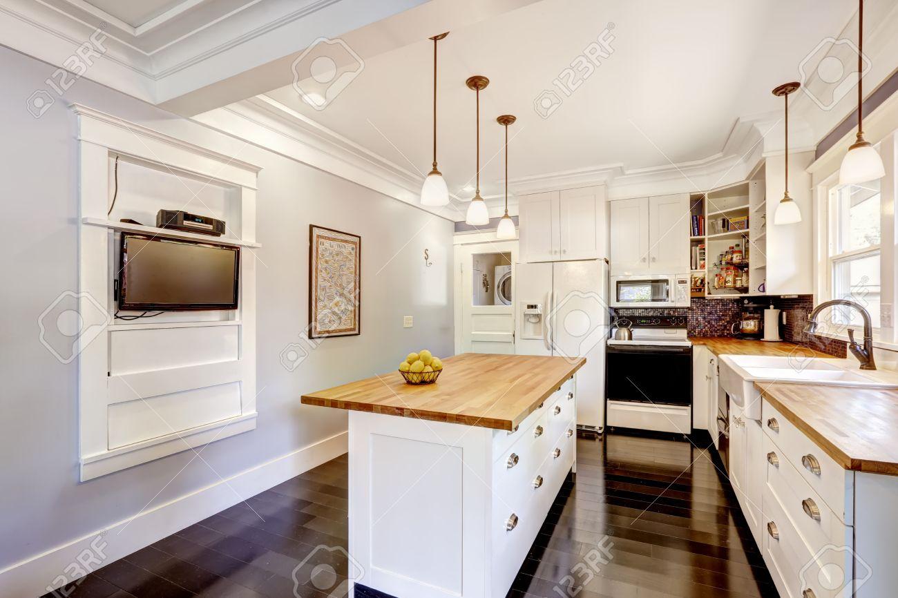 White Appliances In Kitchen White Kitchen Cabinet With White Appliances Kitchen Island With