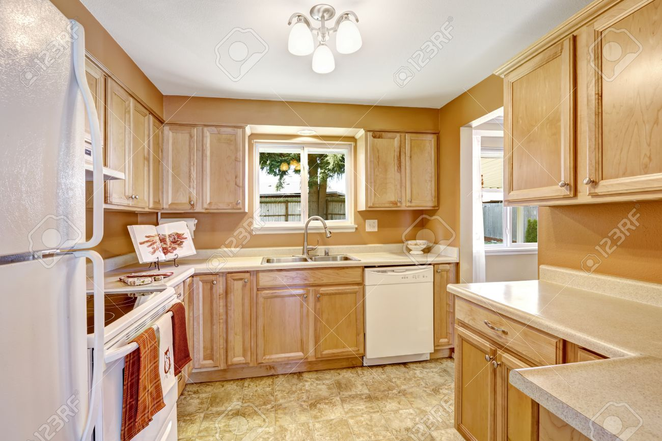 Pictures Of New Kitchens With White Appliances 30 Modern White