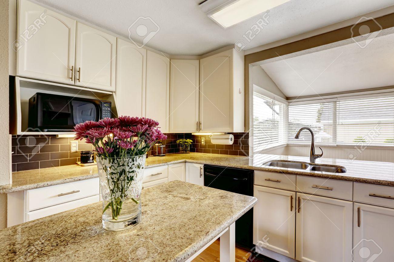White Kitchen Cabinets With Black Appliances Kitchen Island