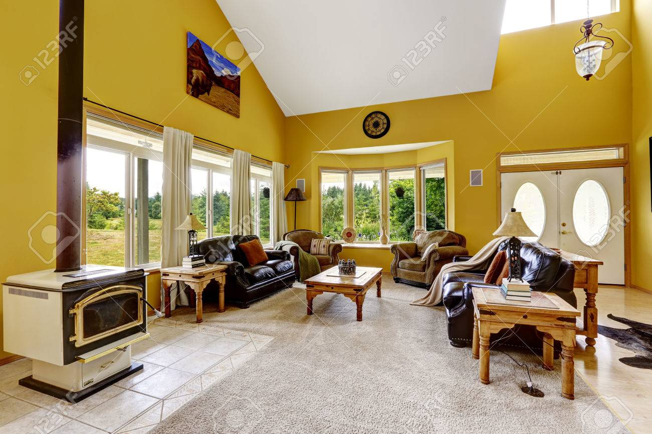 Beautiful Luxury House With High Vaulted Ceiling And Bright Yellow ...