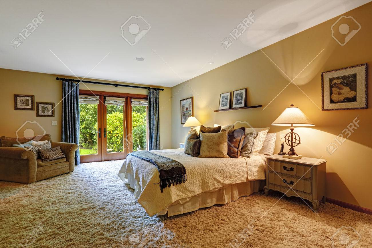 Master Bedroom Rug Master Bedroom Interior With Exit To Backayrd Soft Rug And
