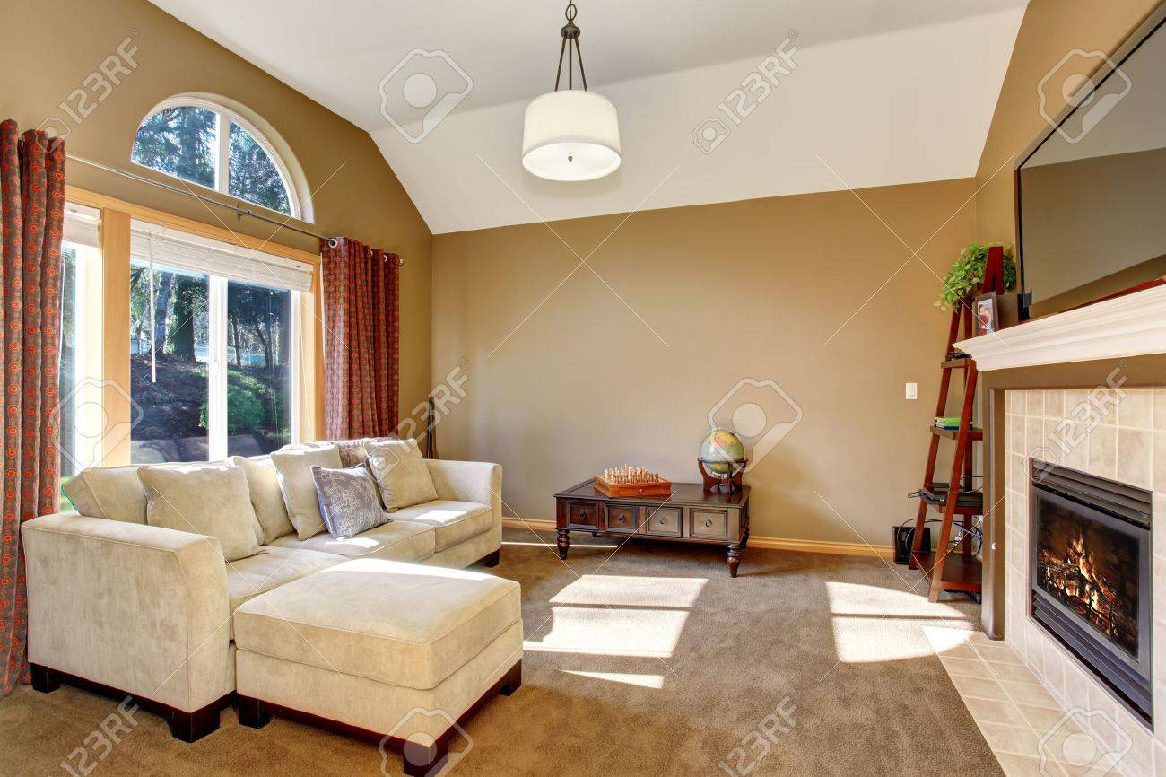 The Perfect Family Living Room With Cozy Carpet And Wonderful Lighting.  Stock Photo   42248815