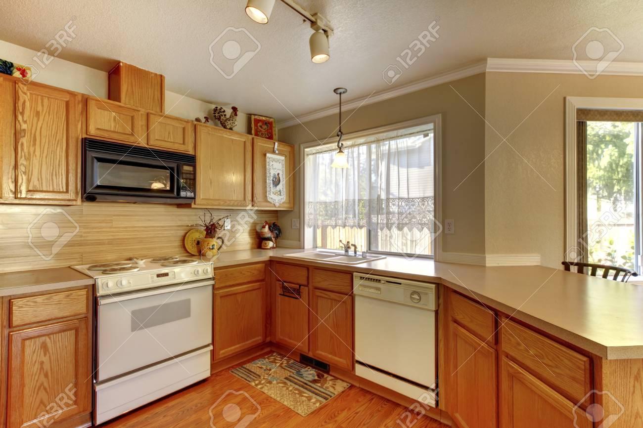 Vistoso Muebles De Cocina Pintura Blanca Cremosa Modelo - Como ...