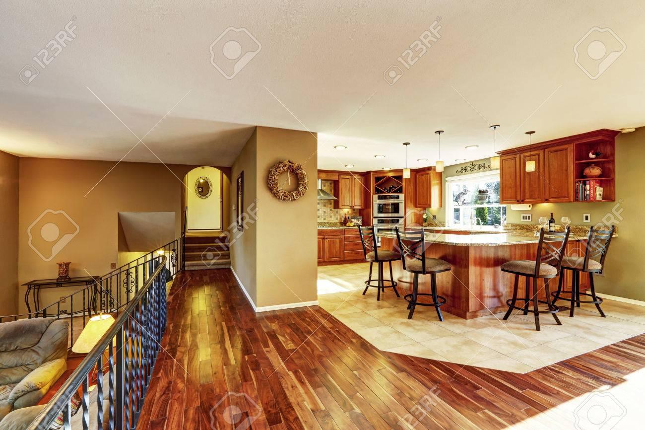 Berühmt Küche Fliesenboden Installationskosten Galerie - Ideen Für ...