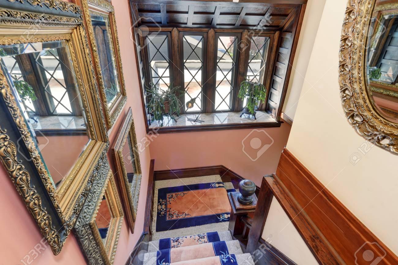 Grosser Panoramablick Von Oben Vintage Stil Haus Interieur