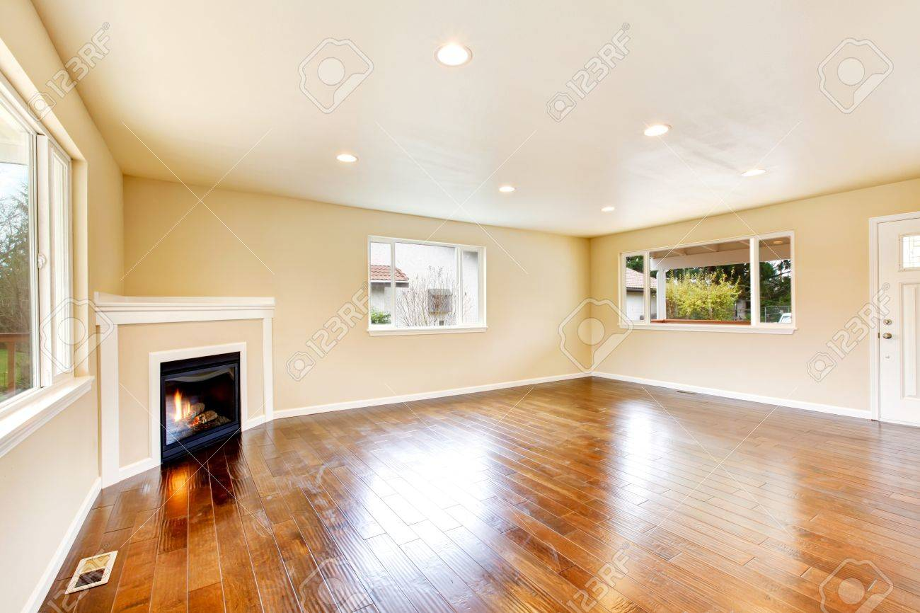 Wondrous Empty Spacious Living Room In Soft Beige Color With Polished Home Interior And Landscaping Ologienasavecom