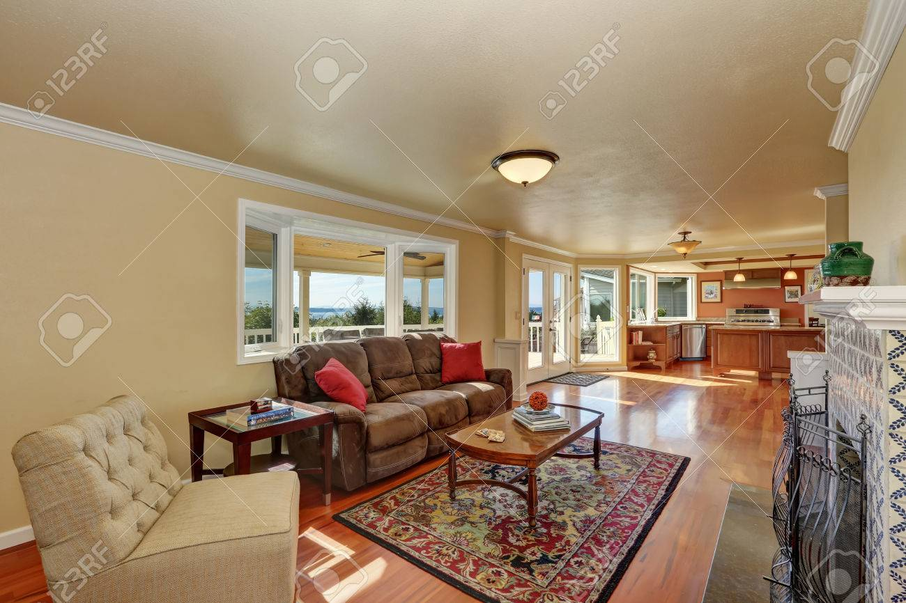 Marvelous Craftsman Style Family Room With Brown Sofa And Fireplace With Alphanode Cool Chair Designs And Ideas Alphanodeonline