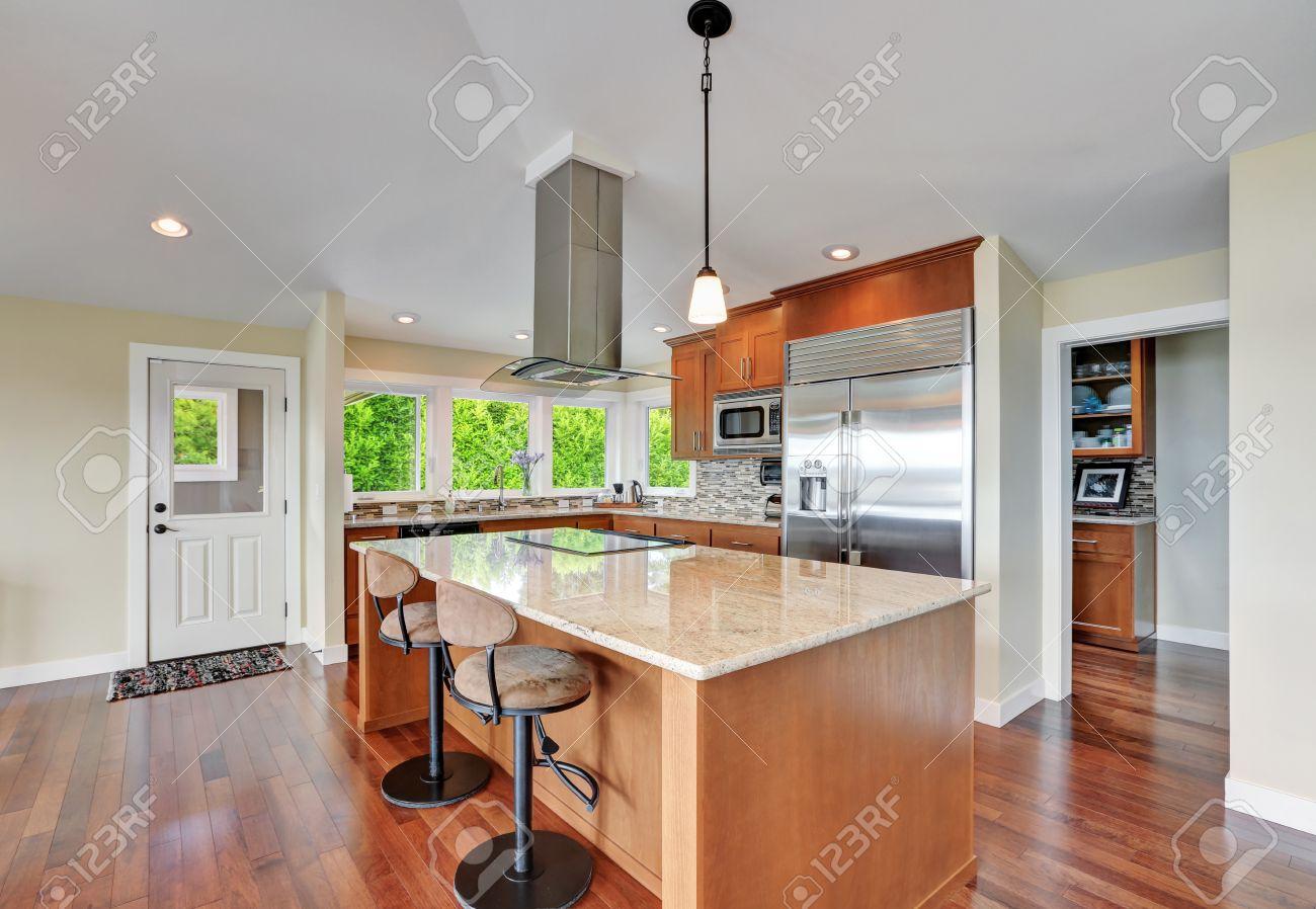 Amazing Luxury House Interior With Modern Kitchen Bar Style Kitchen Download Free Architecture Designs Momecebritishbridgeorg