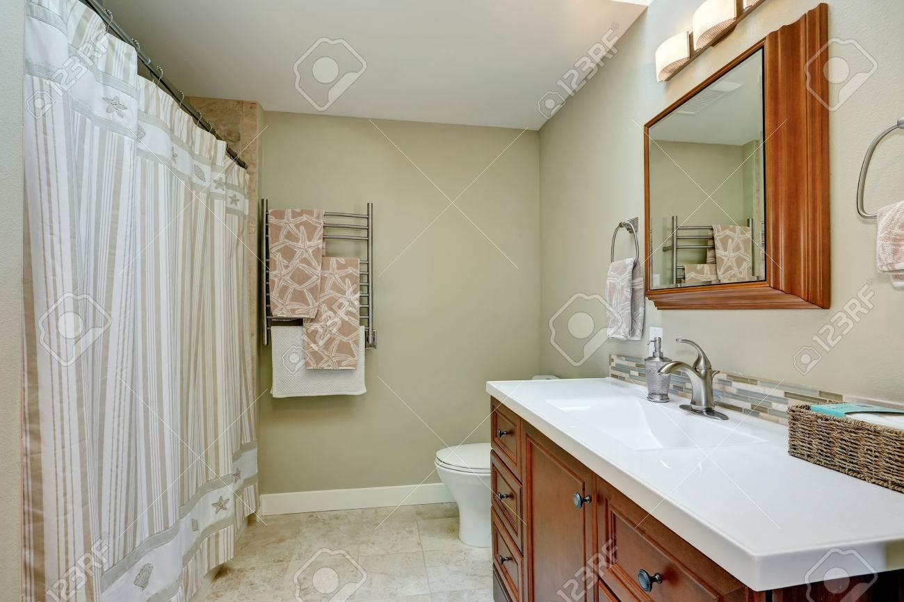 Salle De Bain Luxueuse Moderne ~ int rieur de salle de bain moderne dans une maison luxueuse