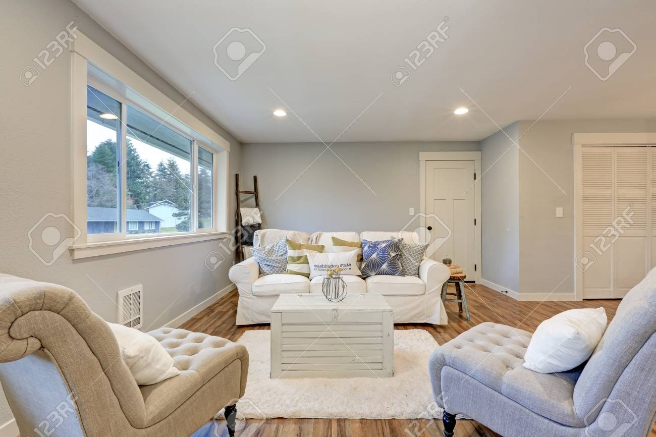 Peachy Cozy Living Room Space With Soft Blue Grey Walls Furnished With Gamerscity Chair Design For Home Gamerscityorg