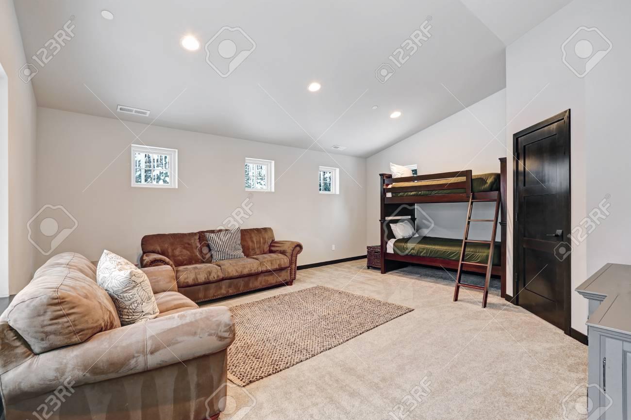 Etagenbett Jungs : Das etagenbett für jungen verfügt über etagenbetten mit grünen