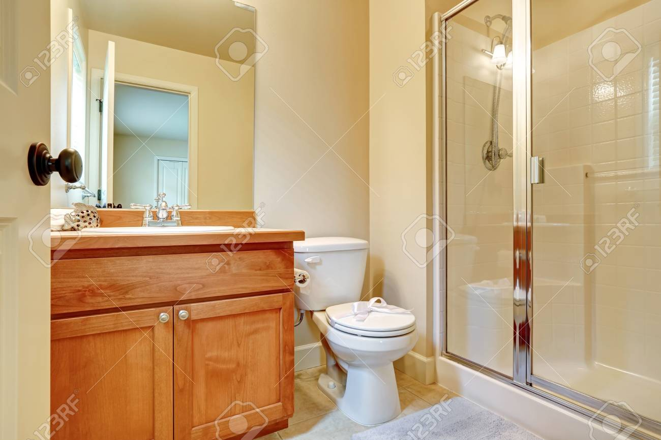 Open Door To An En Suite Bathroom In An Empty House Has Light Stock Photo Picture And Royalty Free Image Image 94038793